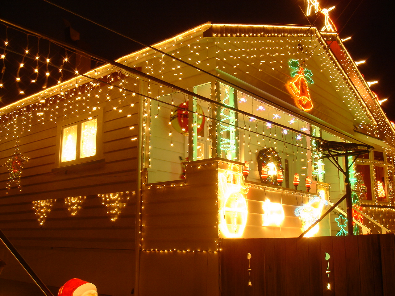 the home above at 24 miller street with flying fox santa was highly placed in the warehouse christmas lights competition also take a look at 51a harbour