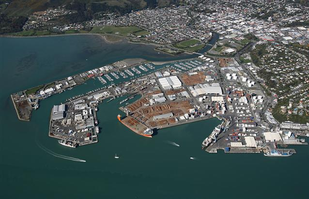 "Port Nelson New Zealand  city photo : Port Nelson says ""Thanks"" to the Boulder Bank 